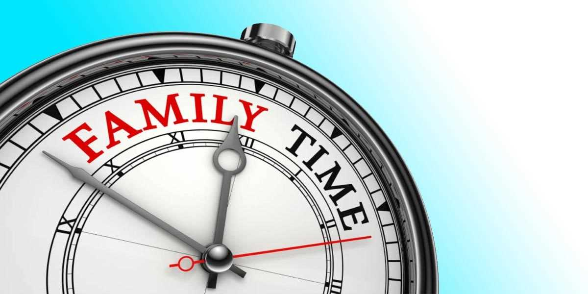 A clock with the words family time
