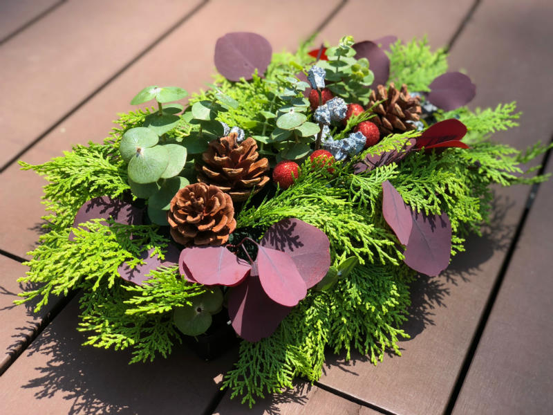 Christmas Special: Elegant Evergreens (A Floral Arrangement Workshop)